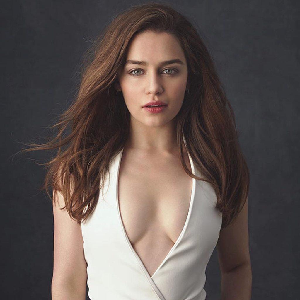 amateur brunette long hair hairy orgasm